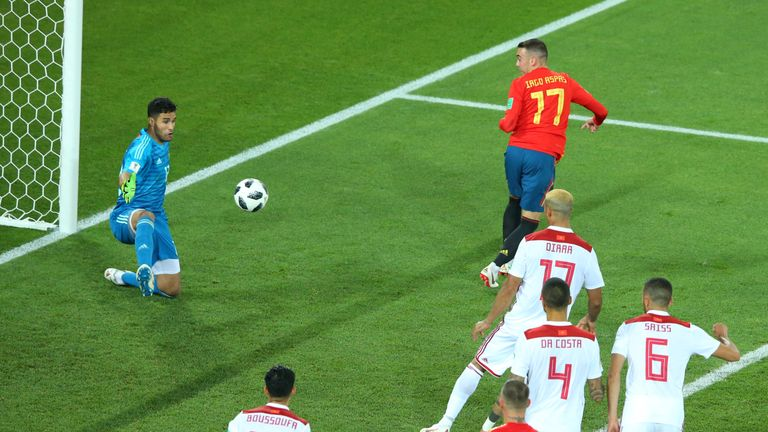 Aspas flicks in Spain's VAR-approved equaliser to make it 2-2