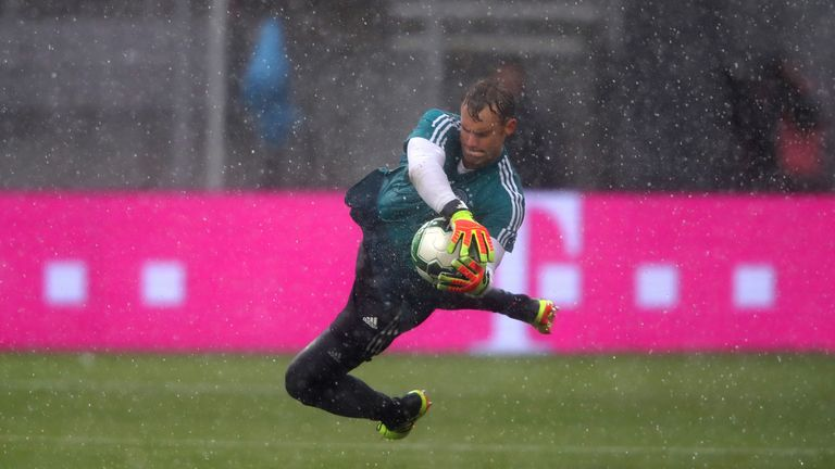 Manuel Neuer made his first start since September on Saturday