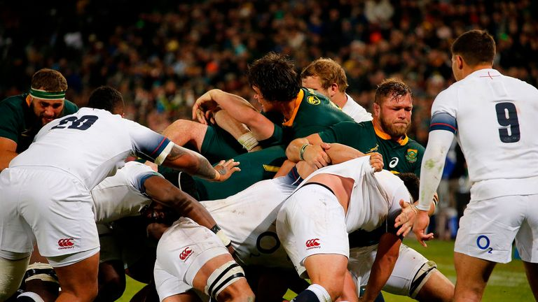 A penalty try in the second half for South Africa put them into a commanding position