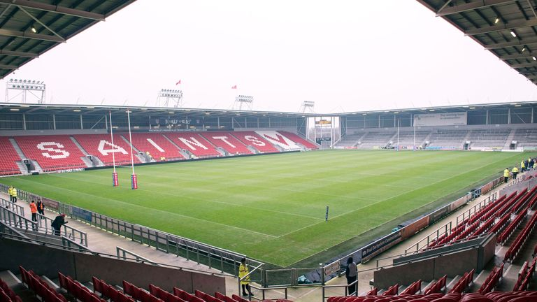 The St Helens man would love to fight at the home of his local rugby league team