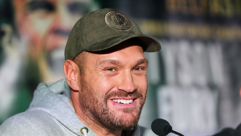 Tyson Fury beat Sefer Seferi in four rounds on his comeback fight in Manchester