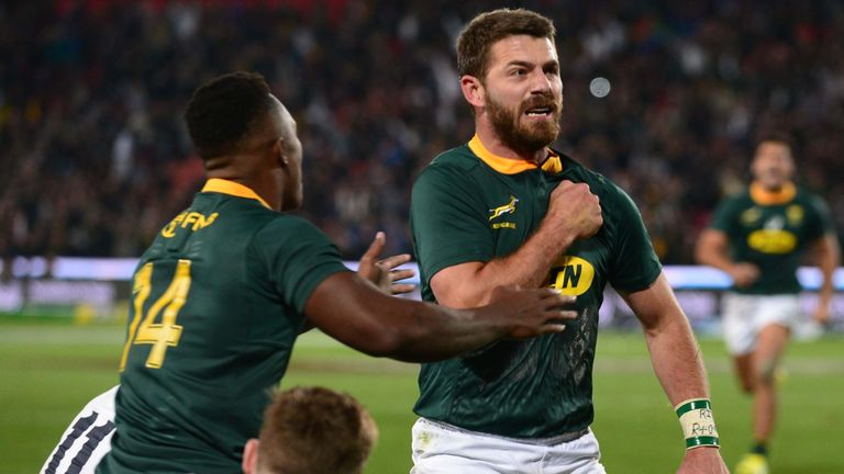 Willie le Roux celebrates his try for the Springboks
