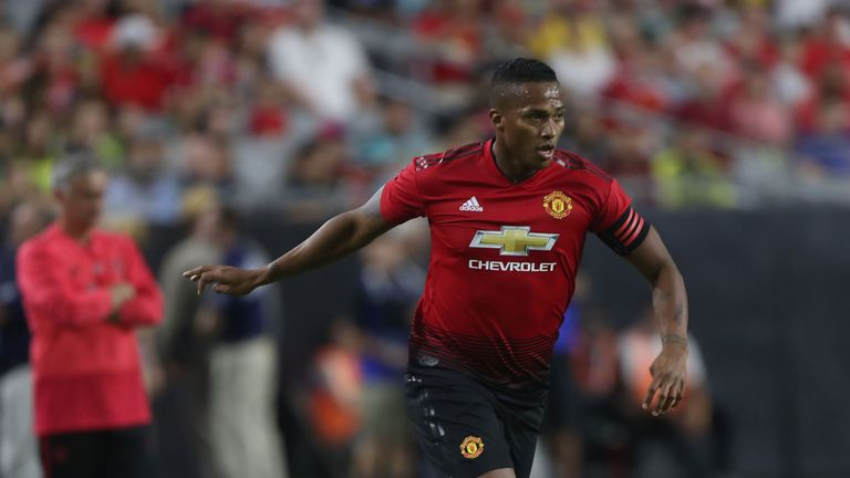 Antonio Valencia hobbled in the seventh minute against San Jose Earthquakes