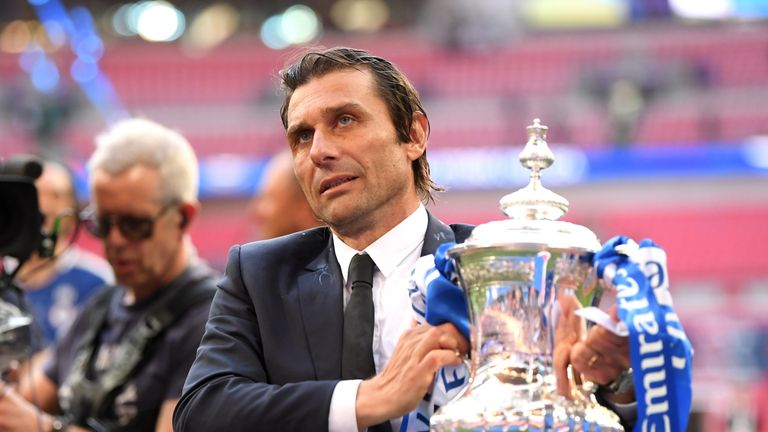 Antonio Conte poses with the FA Cup
