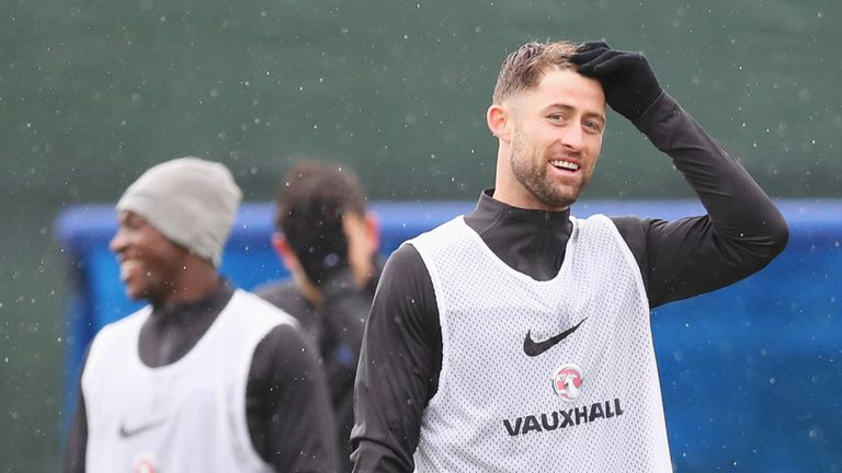 Gary Cahill says he will give everything if selected for the third-place play-off