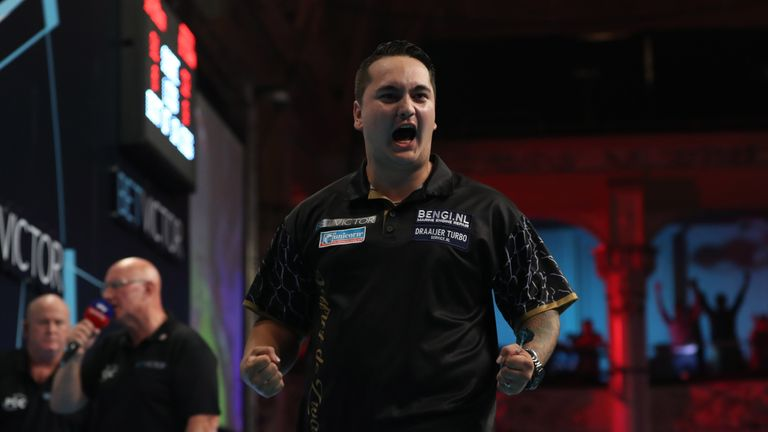 Jeffrey de Zwaan is the latest name to come under the Wayne Mardle microscope