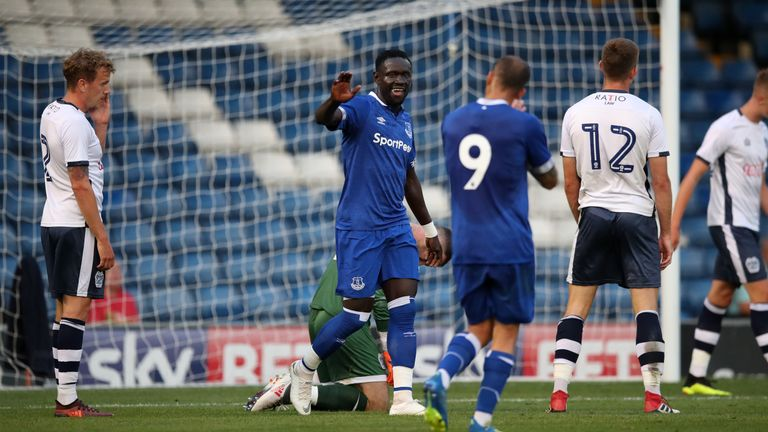 Oumar Niasse scored in Everton's 1-1 draw at Bury