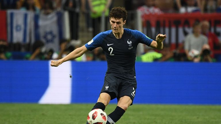 Bayern Munich to sign Benjamin Pavard from Stuttgart at end of season