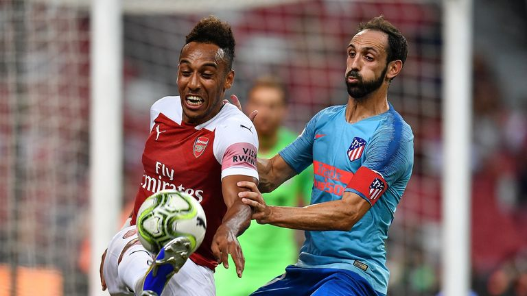 Pierre-Emerick Aubameyang in action against Atletico Madrid