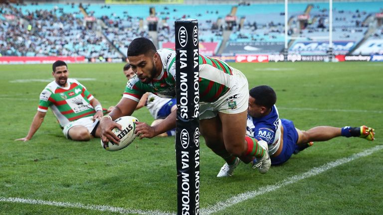 Robert Jennings scores for the Rabbitohs