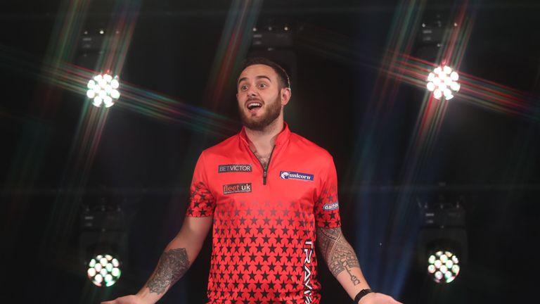 Joe Cullen backs himself to win a major darts tournament