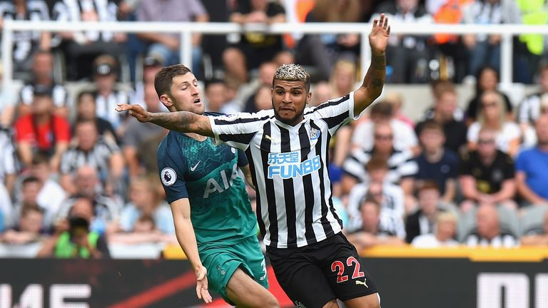 DeAndre Yedlin suffered a knee injury against Tottenham