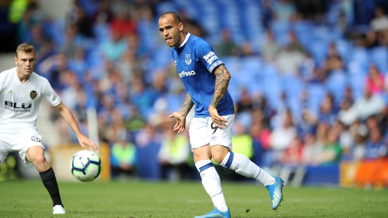 Sandro is yet to score a goal in Everton colours