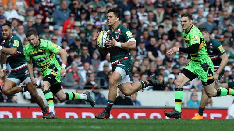 Leicester's Matt Toomua will join the Rebels at the end of the English club season