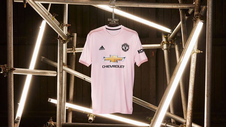 Manchester United unveil a pink away kit for the 2018 2019 season 11a32c364