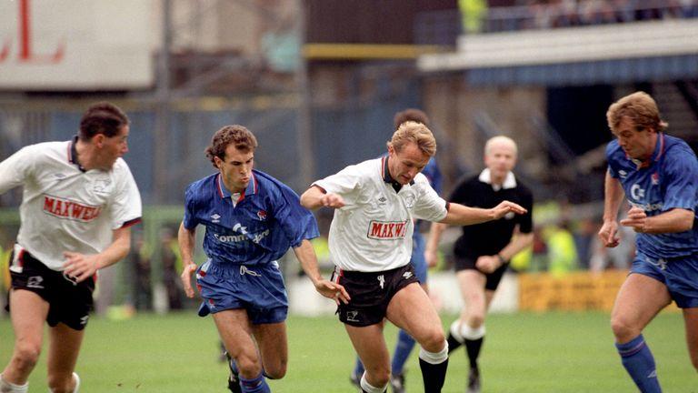 Paul Goddard cost Millwall £800,000 in December 1989