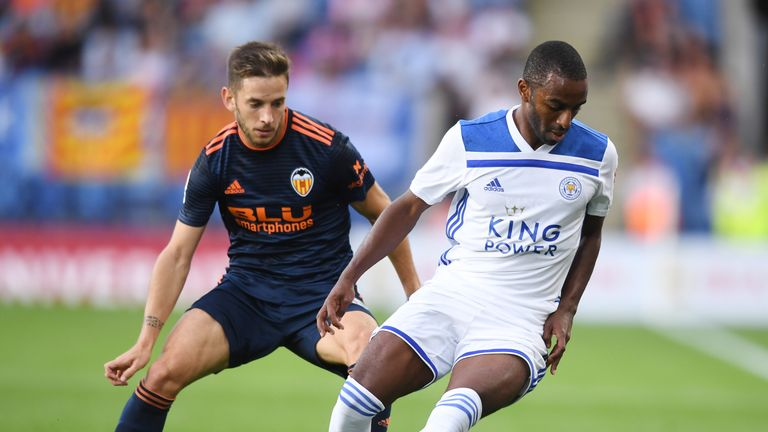Ricardo Pereira of Leicester and Toni Lato of Valencia in action