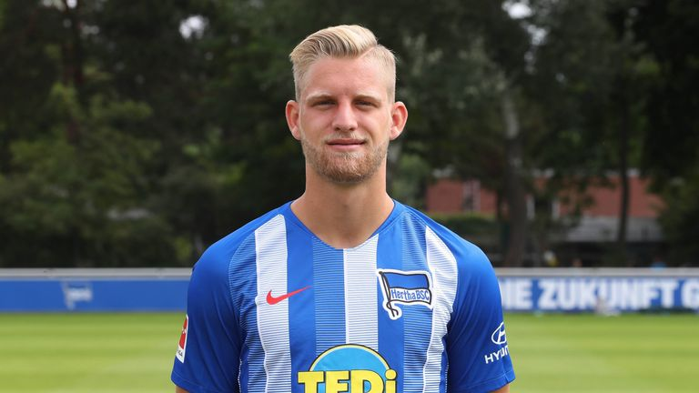 Man Utd and Arsenal reportedly go head to head for Hertha midfielder Arne Maier