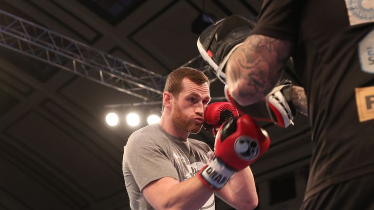 JOSHUA-POVETKIN PROMOTION.OPEN WORK OUTS,.YORK HALL..BETHNAL GREEN,.LONDON.PIC;LAWRENCE LUSTIG.DAVID PRICE.. PERFORMS A PUBLIC WORK OUT AS HE PREPARES FOR HIS FIGHT ON EDDIE HEARNS MATCHROOM PROMOTION AT WEMBLEY STADIUM ON SATURDAY(22-9-18).