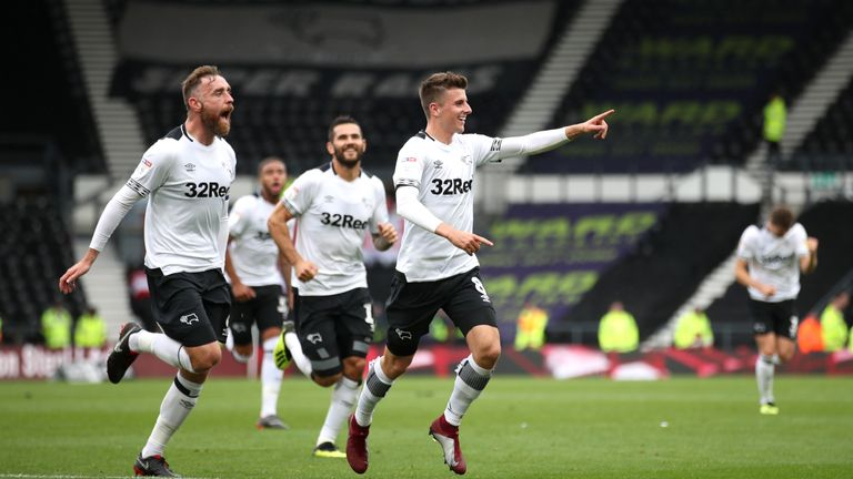 Derby County's Mason Mount (centre) celebrates scoring his side's third goal of the game with team mates