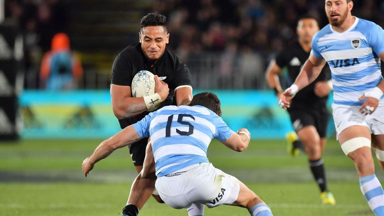 Which are the key battles to look out for when Argentina host New Zealand in Buenos Aires?