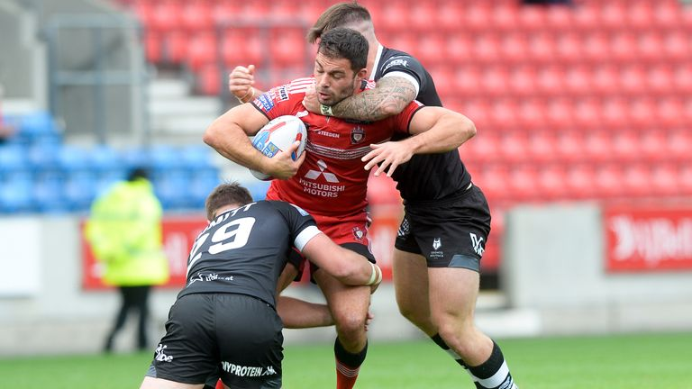Mark Flanagan and co had to fight hard to see off the Wolfpack at home