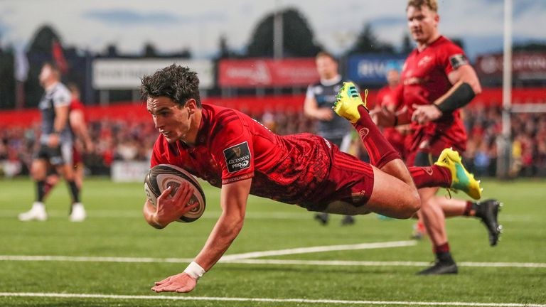 Joey Carbery scored on his first start for the province