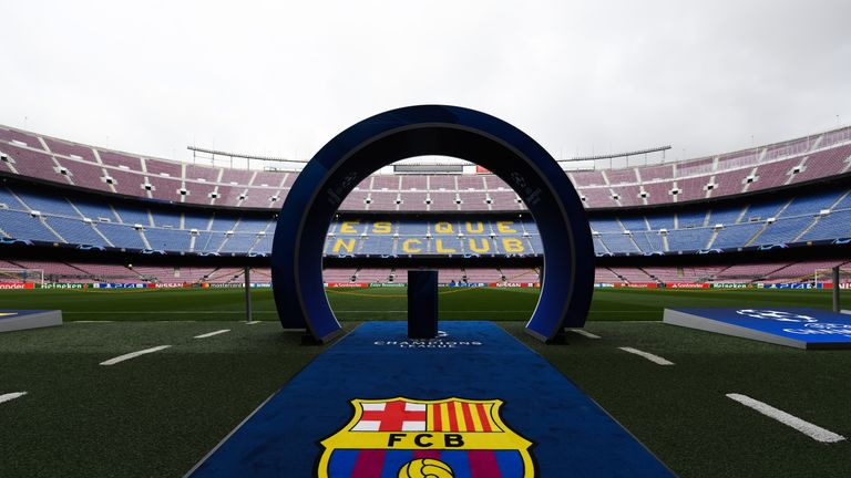 Manchester United have cut the cost of tickets for their fans travelling to the Champions League tie in Barcelona