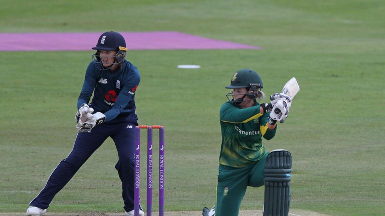 Sarah Taylor will miss the Women's World Twenty20