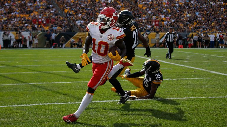 Tyreek Hill started slow but found the end zone for Mahomes' final score