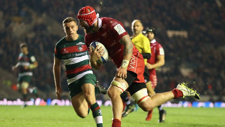 Blade Thomson was denied a first half try, but got over for Scarlets' third try to take the lead on the hour mark
