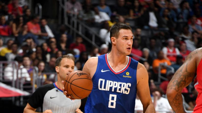 LOS ANGELES, CA - OCTOBER 21: Danilo Gallinari #8 of the LA Clippers handles the ball against the Houston Rockets on October 21, 2018 at Staples Center in Los Angeles, California. NOTE TO USER: User expressly acknowledges and agrees that, by downloading and or using this photograph, User is consenting to the terms and conditions of the Getty Images License Agreement. Mandatory Copyright Notice: Copyright 2018 NBAE (Photo by Andrew D. Bernstein/NBAE via Getty Images)