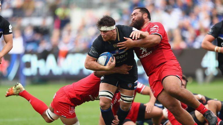 Francois Louw carries into contact for Bath