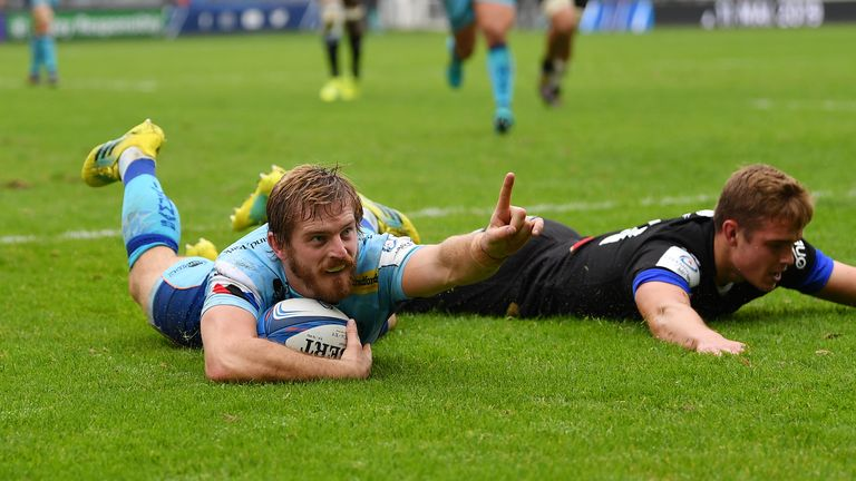 Gareth Steenson celebrates his try for Exeter Chiefs