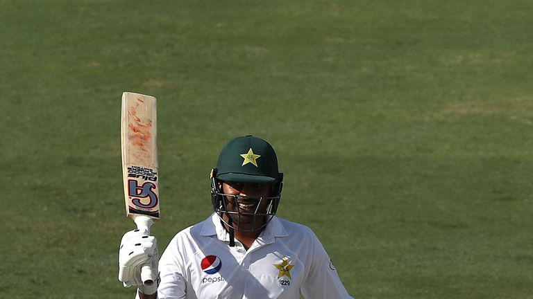 Shoaib believes Sohail will fight back from his current injury