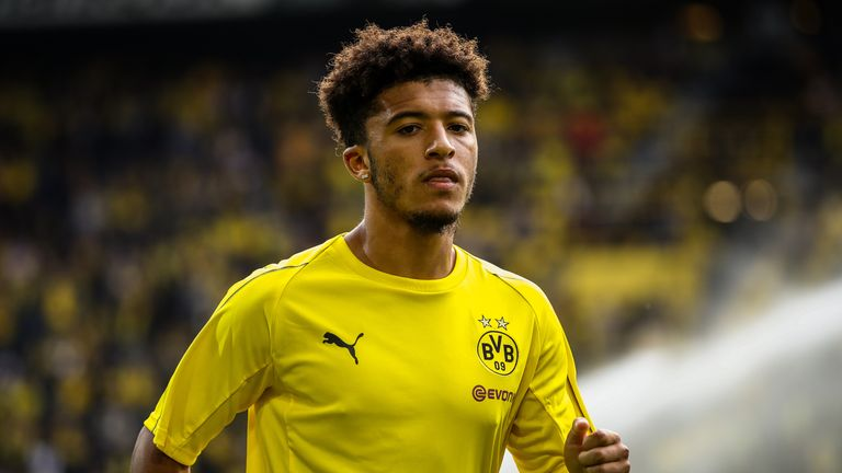 Footage of a 15-year-old Jadon Sancho showing off his skills