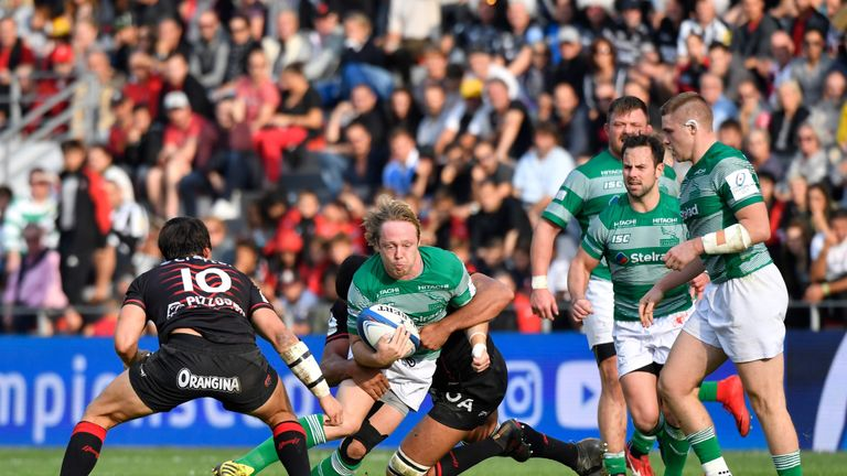 Joel Hodgson taking contact against Toulon on a memorable day for the Falcons