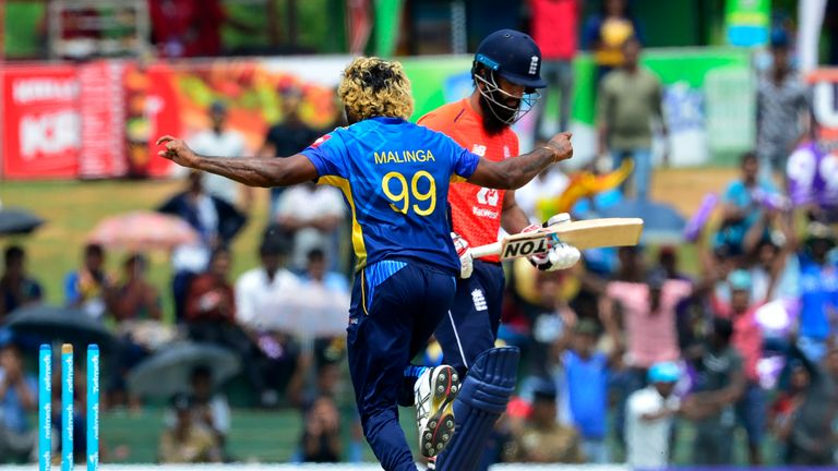 Corruption scandal and fan unrest hang over Sri Lanka
