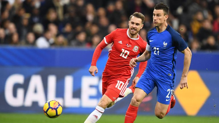 Arsenal defender Laurent Koscielny quits France