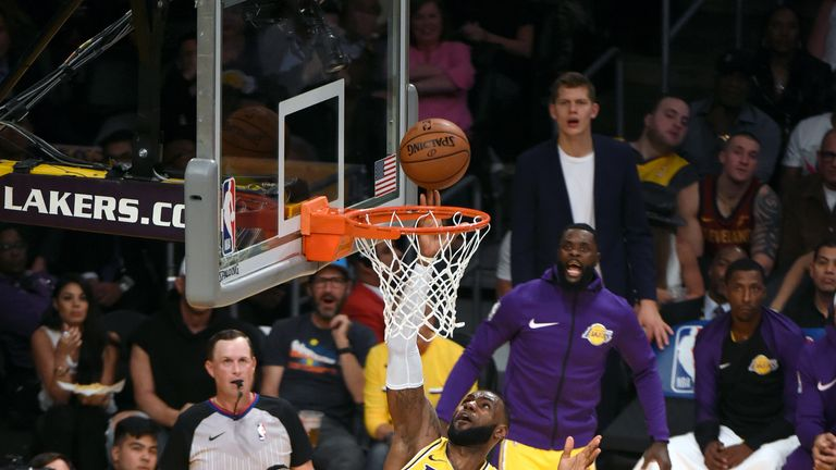 LOS ANGELES, CA - OCTOBER 20: LeBron James #23 of the Los Angeles Lakers goes to the basket against the Houston Rockets on October 20, 2018 at STAPLES Center in Los Angeles, California. NOTE TO USER: User expressly acknowledges and agrees that, by downloading and/or using this photograph, user is consenting to the terms and conditions of the Getty Images License Agreement. Mandatory Copyright Notice: Copyright 2018 NBAE (Photo by Adam Pantozzi/NBAE via Getty Images)