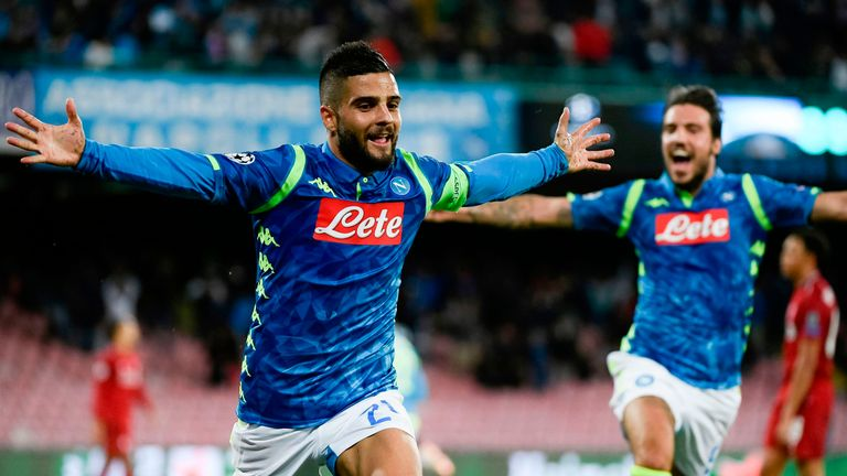 Lorenzo Insigne celebrates his dramatic 90th-minute winner at the Stadio San Paolo