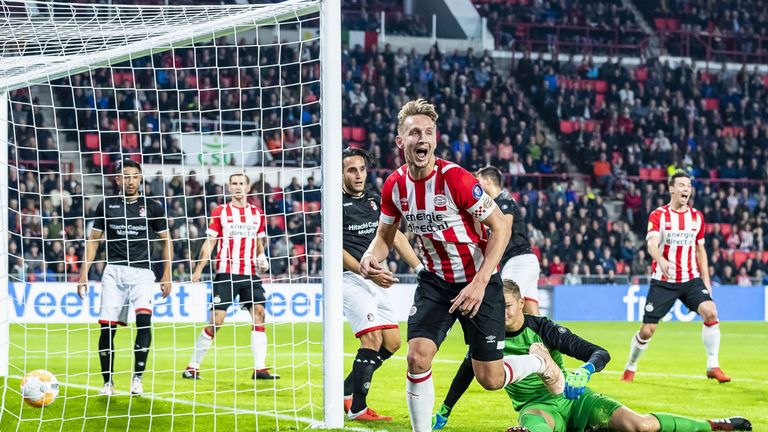 PSV striker Luuk de Jong scored twice in their 6-0 win over Emmen