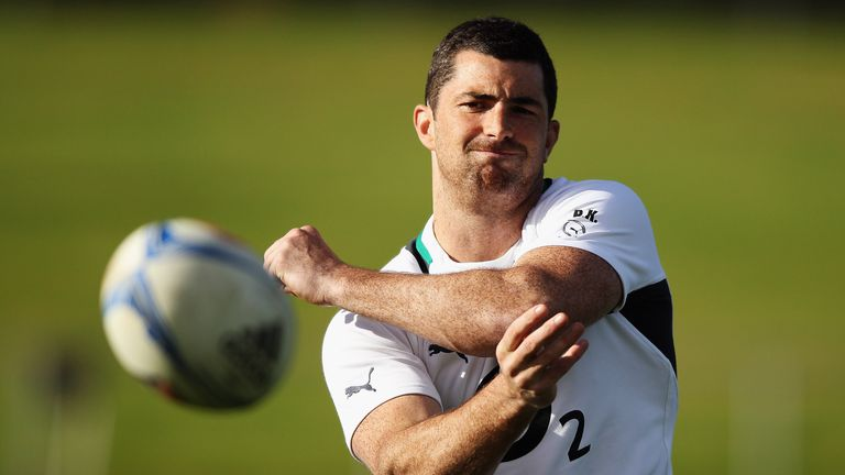 Rob Kearney injured his shoulder playing for Leinster against Treviso