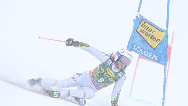 Marta Bassino struggled in testing conditions in Austria in the giant slalom