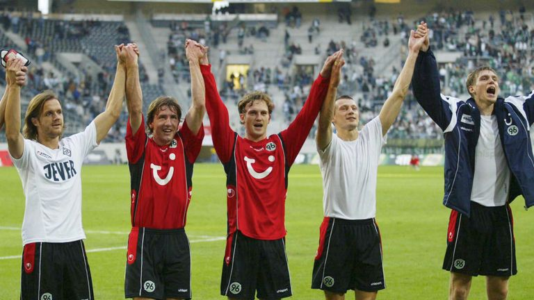 Stendel (left) played alongside Per Mertesacker (right) at Hannover