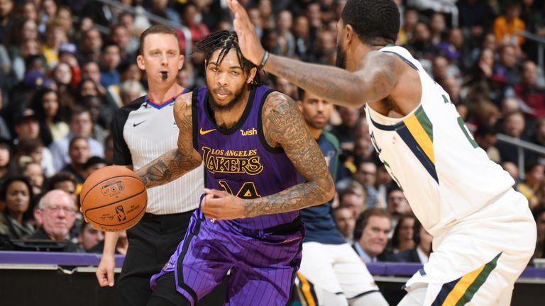 Ingram drives at the Utah Jazz defense