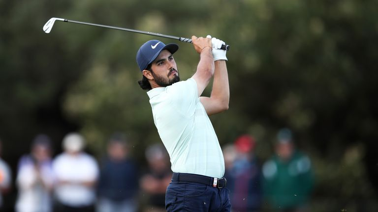 Ancer moves to top at Australian Open