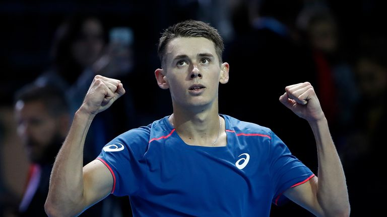 Alex de Minaur won the first set in Milan but Tsitsipas came through to win