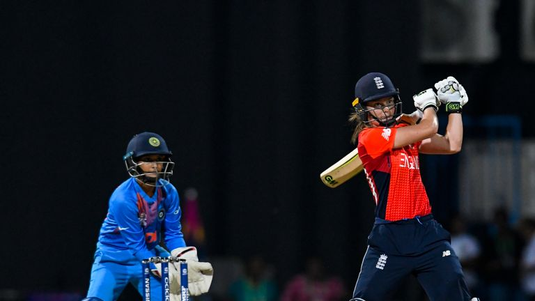 Amy Jones impressed in the absence of Sarah Taylor