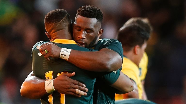 Dyantyi celebrates with Bok captain Siya Kolisi after victory over Australia in Port Elizabeth